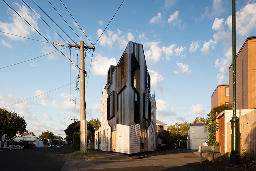 odd-shaped-house-wedge-1