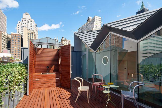 roof-hot-top-deck