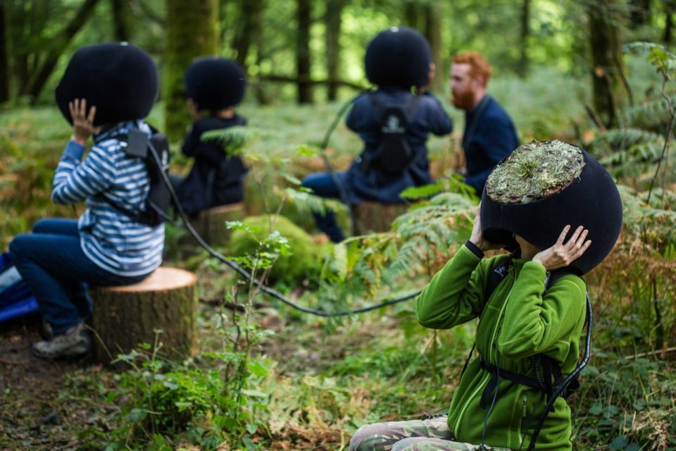Virtual Reality Nature: Helmet Lets Humans See the Forest Like Animals Do