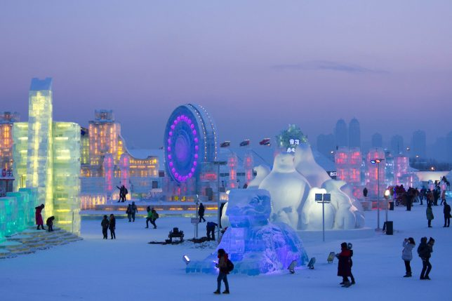 city-of-ice-illuminated-2015-jarod-carruthers