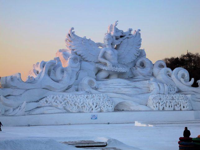 city-of-ice-swan-lake-2012-steve-langguth