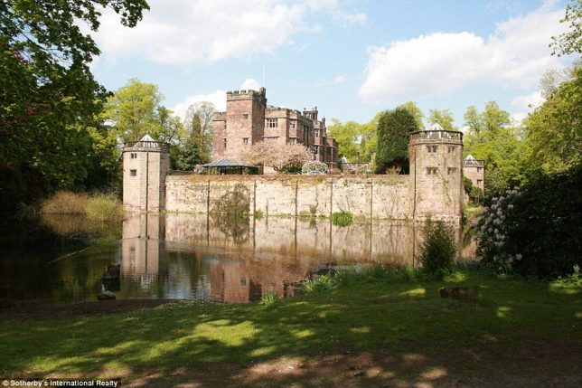 castles-for-sale-caverswall