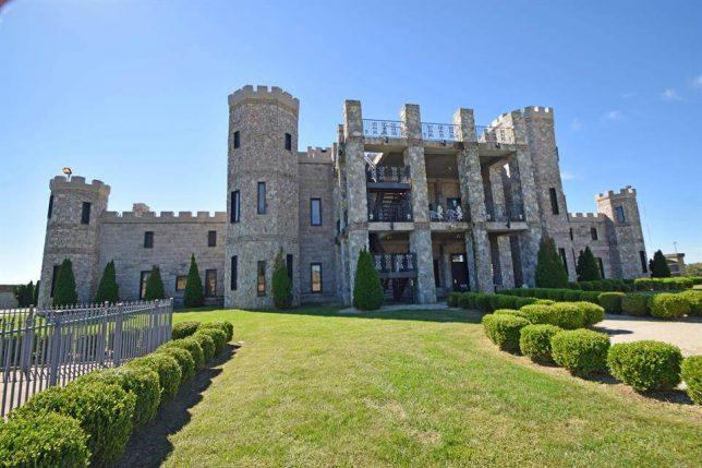 castles-for-sale-kentucky-6