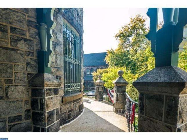 castles-for-sale-powelton-2