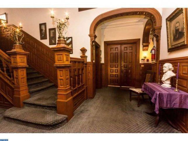 castles-for-sale-powelton-3