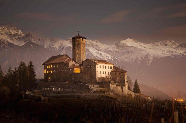 castles-for-sale-valer-2
