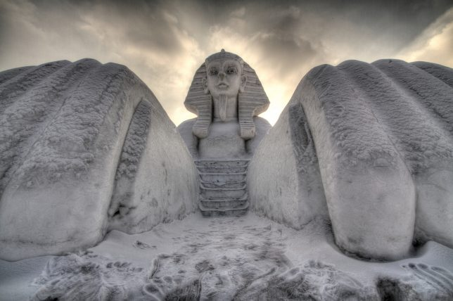 city-of-ice-snow-sphinx-la-priz