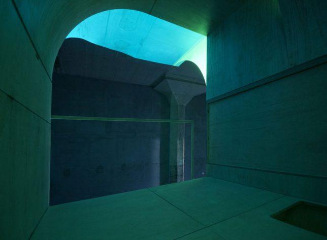 glow-in-the-dark-urban-dwelling-3