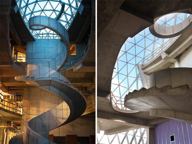 modern-stairs-dali-museum-2
