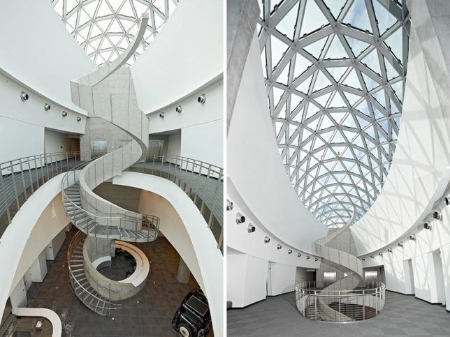 modern-stairs-dali-museum-3