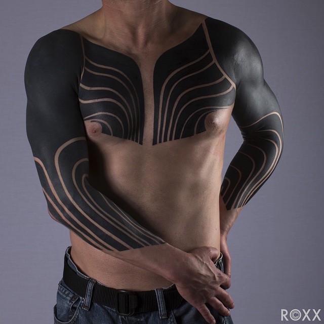 modern-tattoos-blackout-5