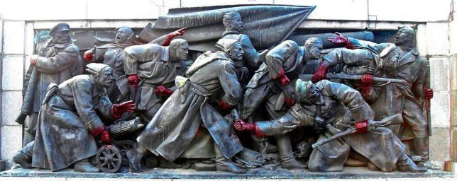 soviet-army-monument-10b