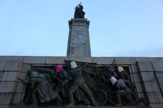 soviet-army-monument-3e