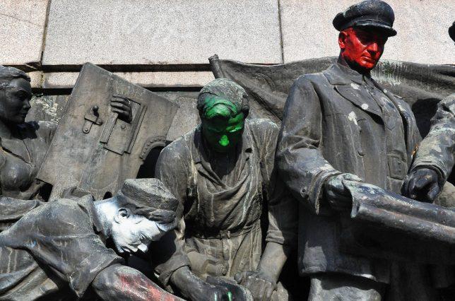 soviet-army-monument-4a
