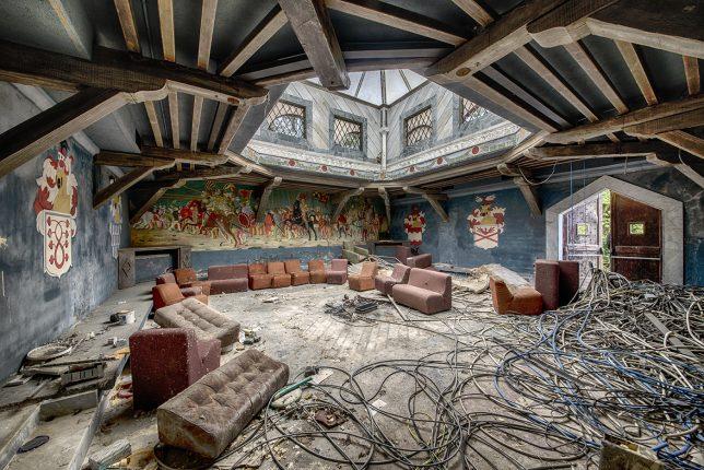 abandoned-disco-1b
