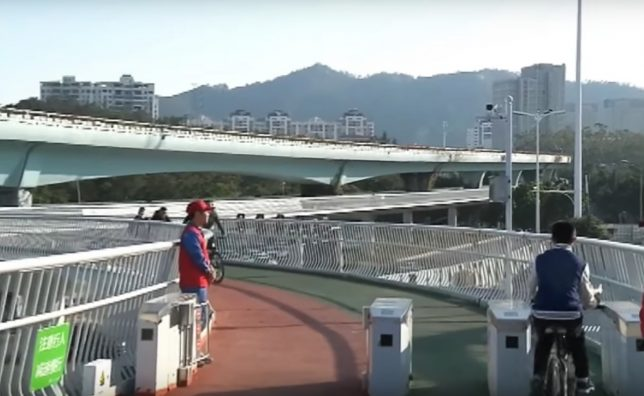 elevated cycle path