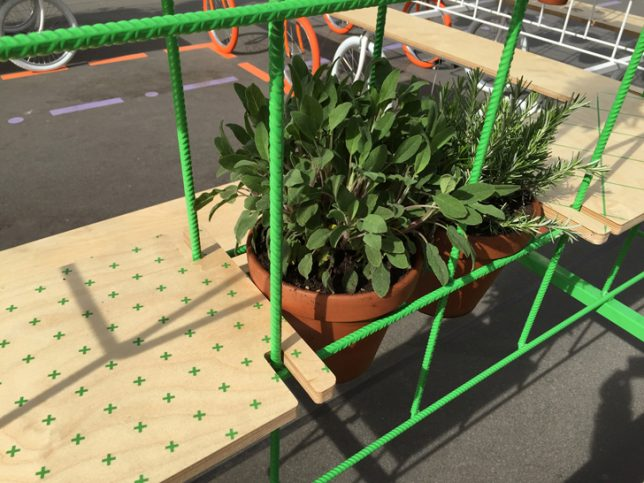 grid garden on wheels 3