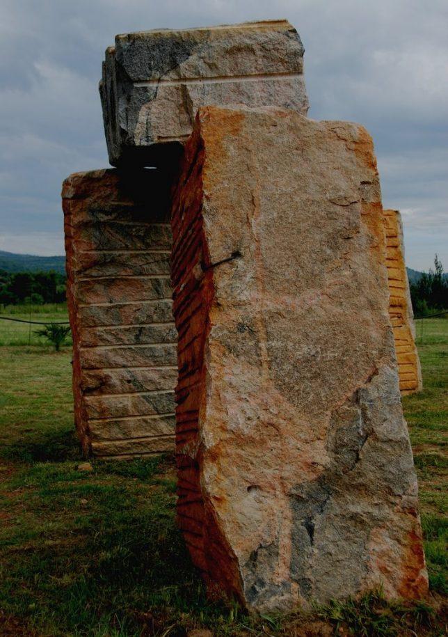 stonehenge-clones-2b
