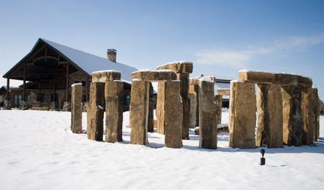 stonehenge-clones-3a