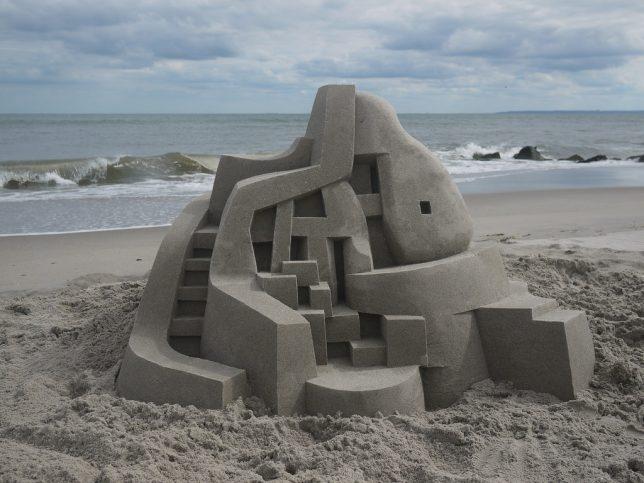 modernist sand castle 4
