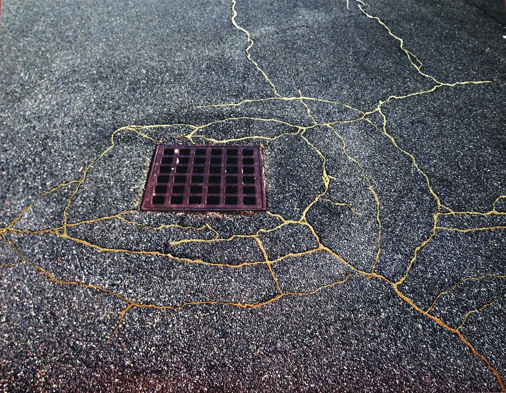 Street Kintsukuroi Art Project Fills Cracks In Pavement