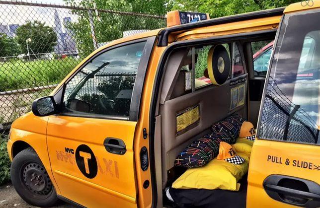 taxi van hotel 1