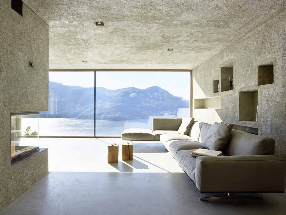 Cold Yet Comfortable: 13 Surprisingly Inviting Concrete Home Interiors