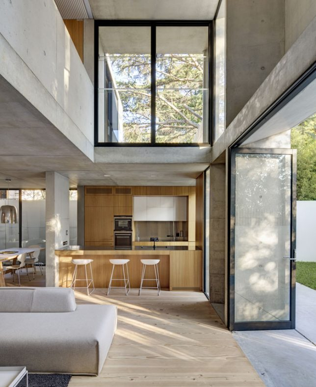 Cold Yet Comfortable: 13 Surprisingly Inviting Concrete