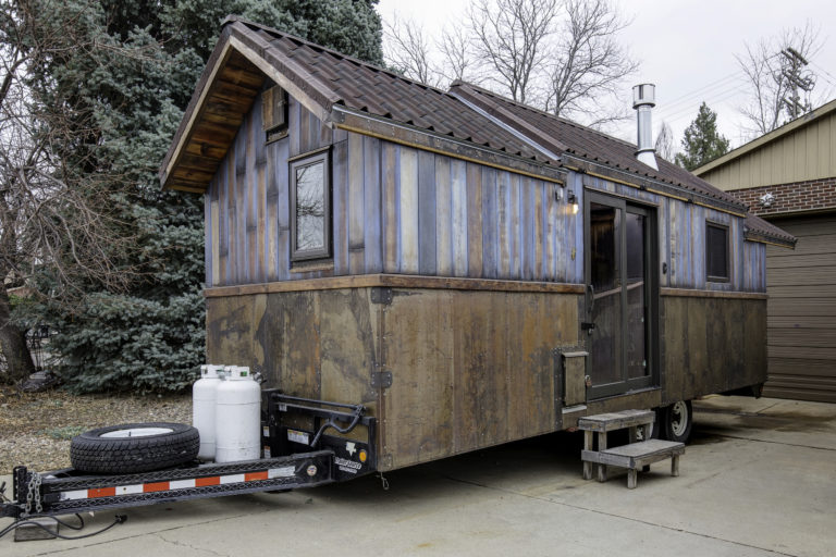 steampunk micro home mobile shabby chic trailer rocks lofty aesthetic - Micro Home