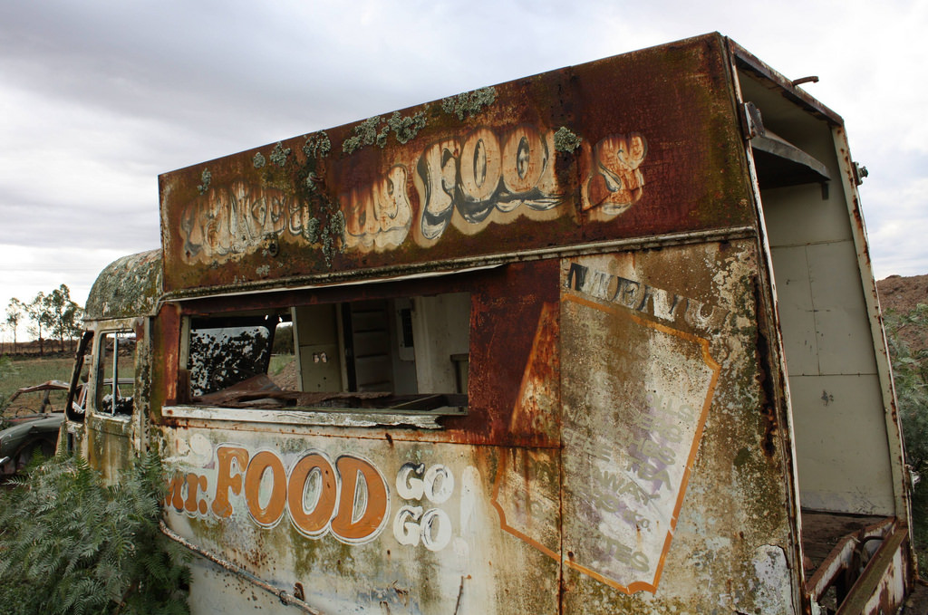 Cookin\' With Gas: 12 Abandoned Food Trucks | Urbanist
