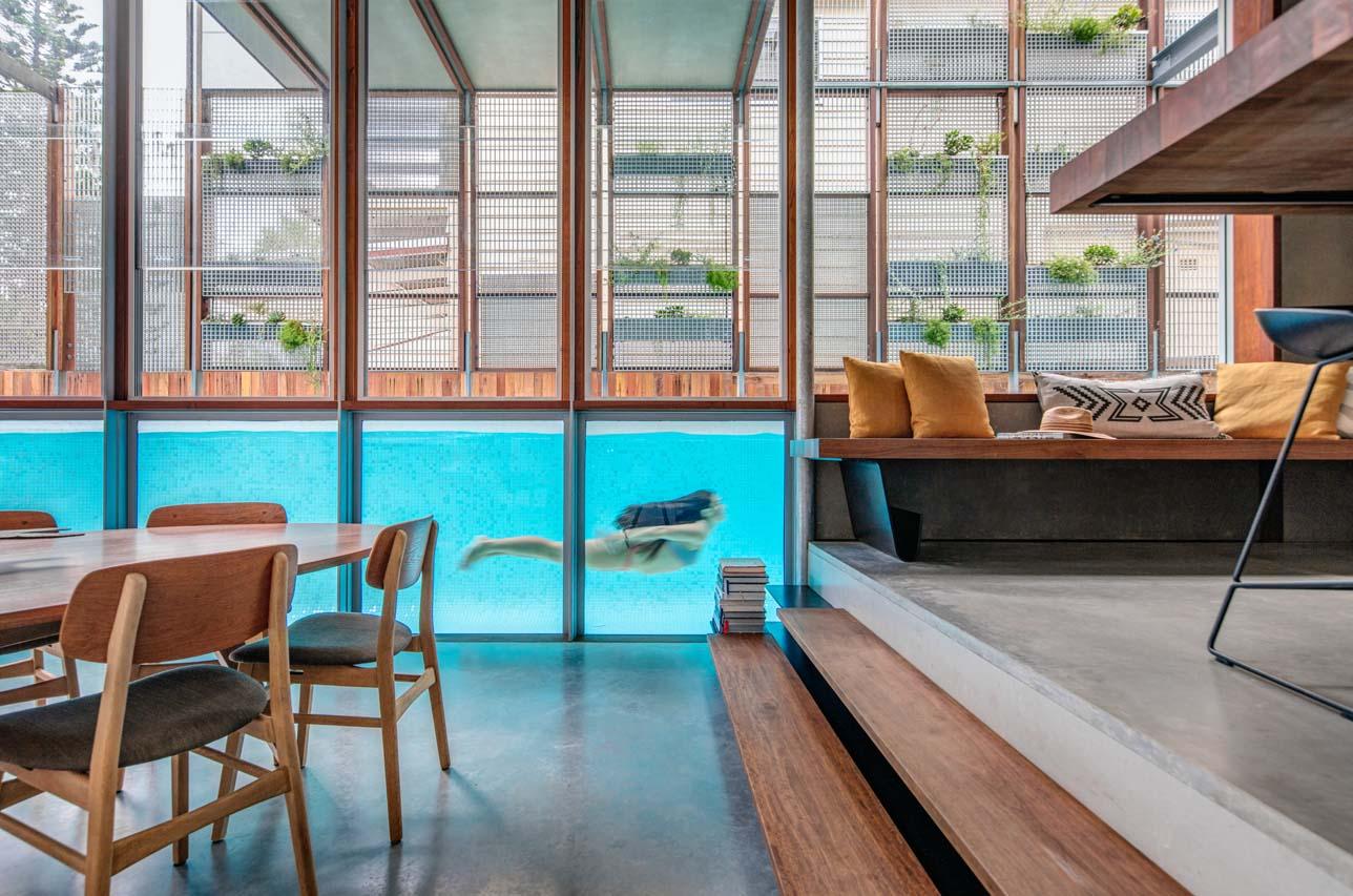 Modern Homes for Mermaids: 12 Houses Built Around Swimming ...