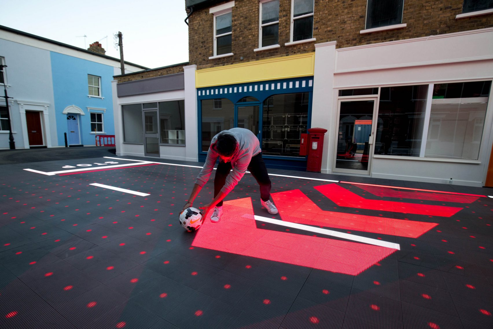 Interactive Crossings Dynamic Street Leds Respond To