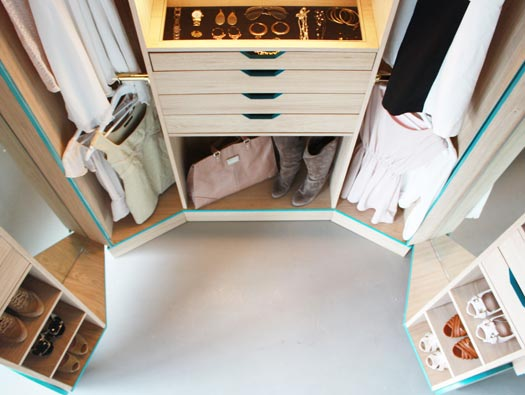 How Luxurious Must It Feel To Have The Kind Of Walk In Closet Full Of  Beautiful Wooden Built In Shelves And Drawers, With Space To Organize All  Of Your ...