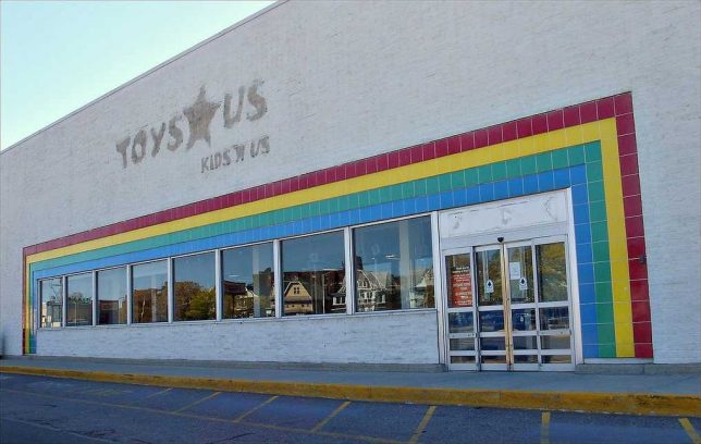 Toys `R' Us Gets Bids of Over $1 Billion for Asian Arm