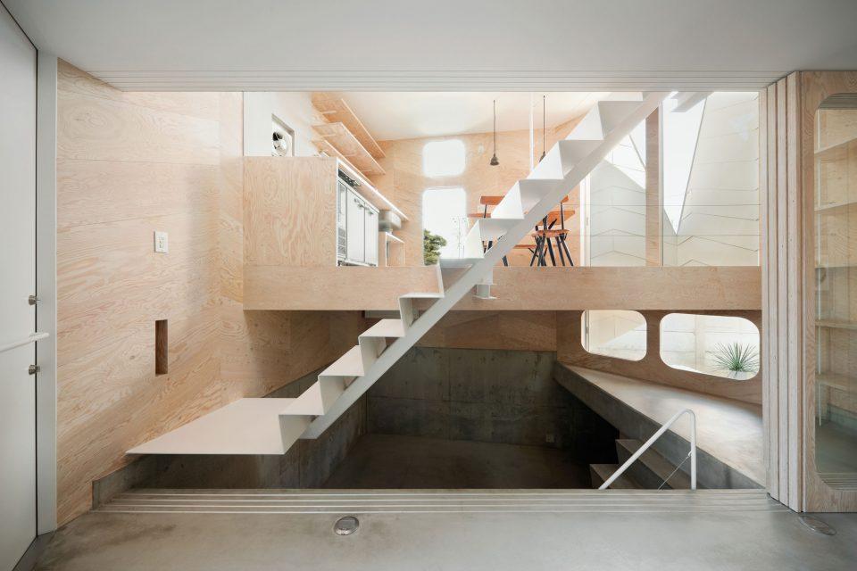 13 split level interior layouts maximize small spaces - Split Level Interior Design