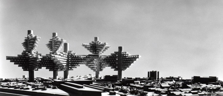 City in the Air concept by Arata Isozaki