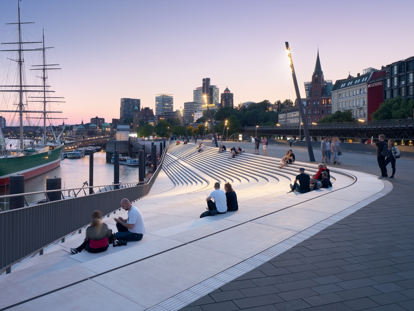 Zaha Hadid Architects Make Flood Protection Look Elegant in Hamburg